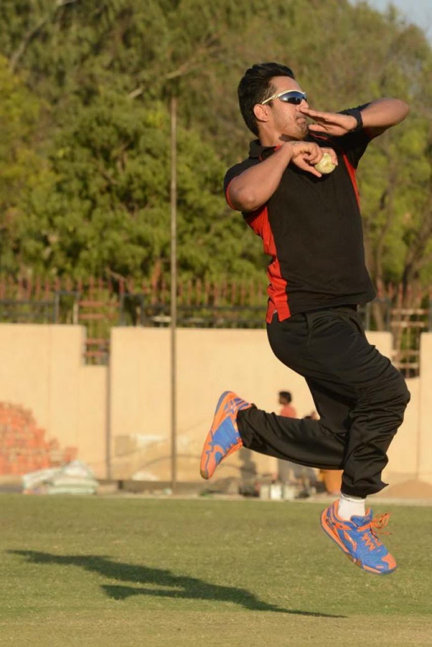 Telugu Warriors & Karnataka Bulldozers Teams Pratice Photos