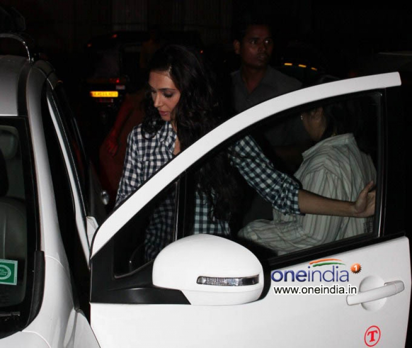 Abhay Deol and Tina Desai Snapped Photos