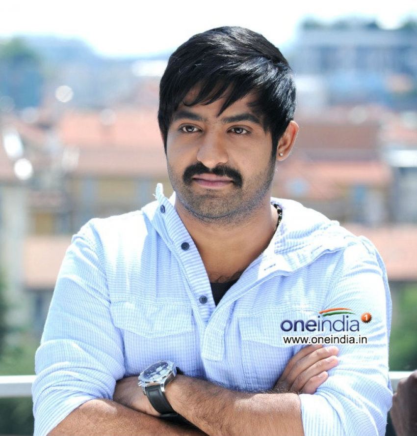 Baadshah Photos Hd Images Pictures Stills First Look Posters Of
