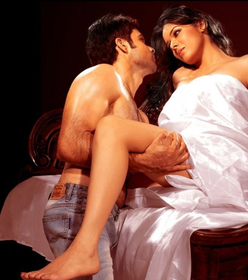 Bollywood's Sexiest Legs Photos