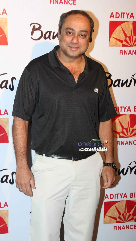 Vidya Balan & Dia Mirza at Bawraas Concert 2013 Photos