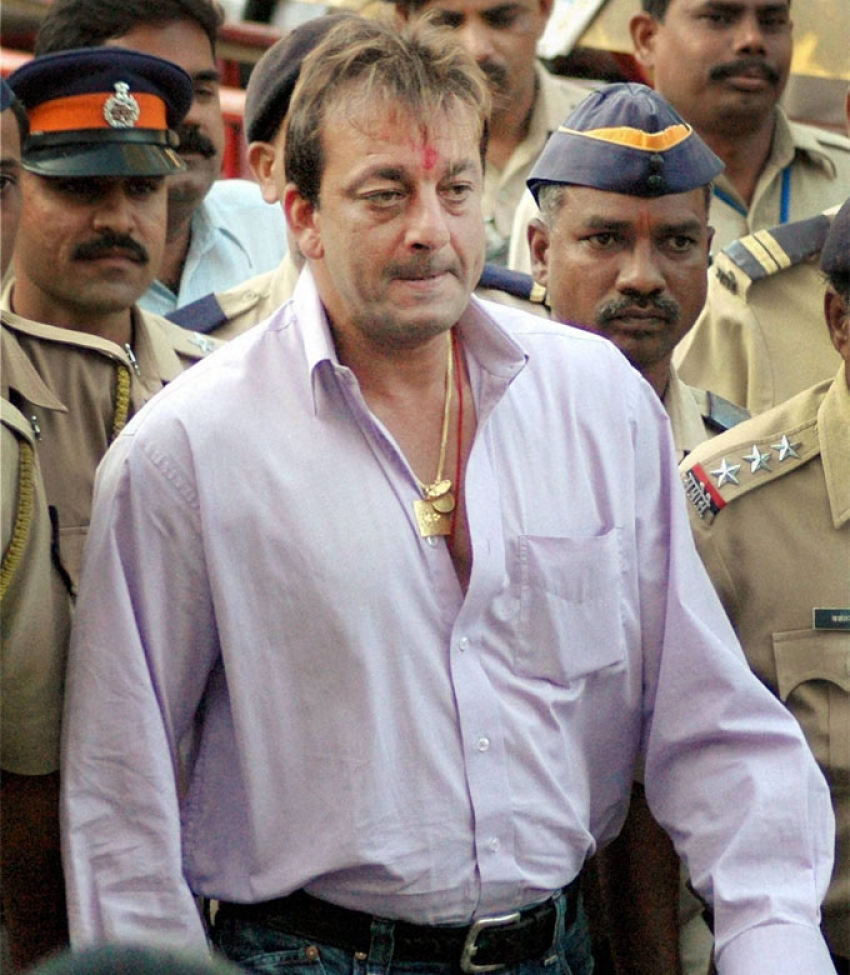 Fans Come Out in Support of Sanjay Dutt Photos