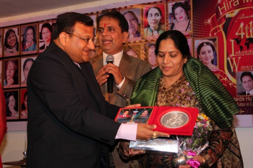 Hira Manek Women Achievers Awards Photos
