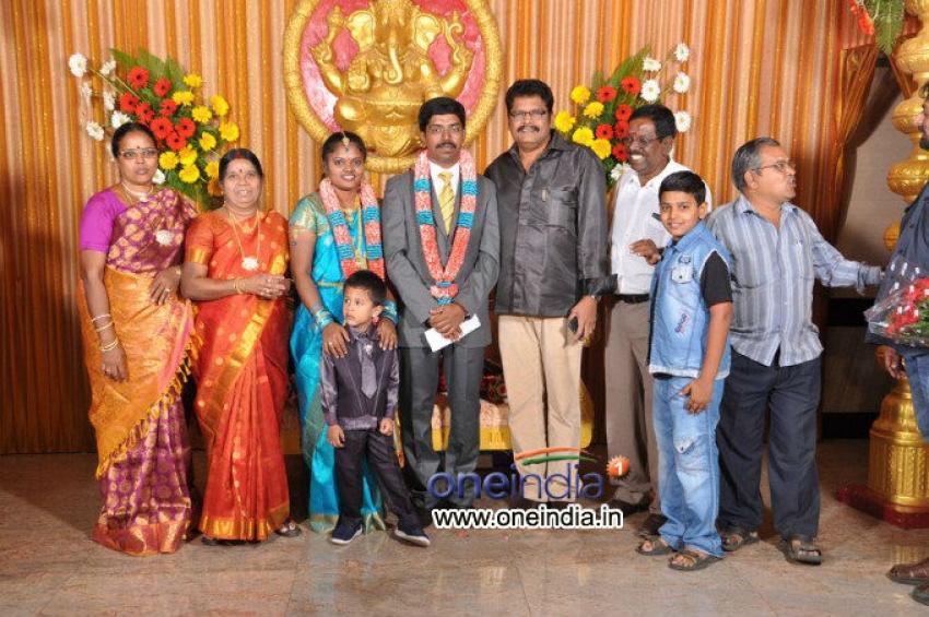 Kumudam Magazine Photographer Chitramani's Son Wedding Reception Photos