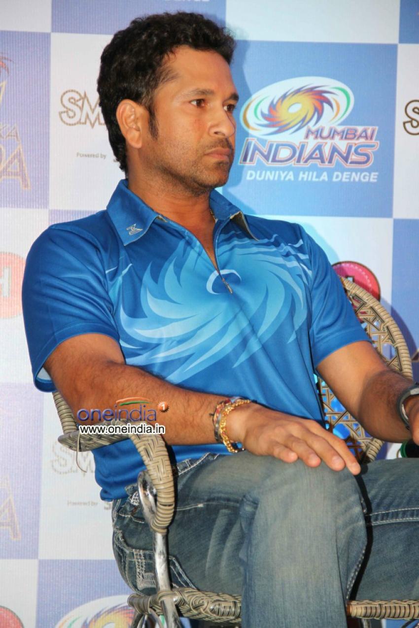 Mumbai Indian's Lounge Launch Photos