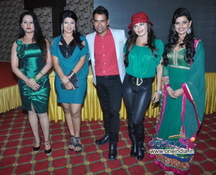 Music Launch of Pyar Jhukta Nahi & Muhurat of Dulhe Raja Photos