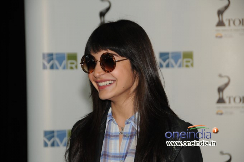 Celebs Arrived in Vancouver for TOIFA 2013 Photos