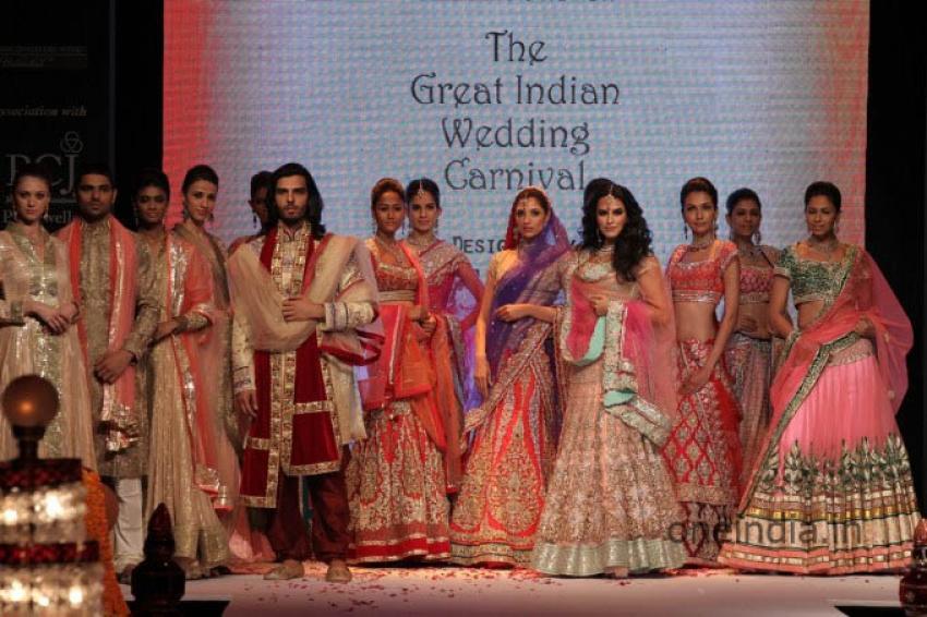 International Fashion Week 2013 Photos