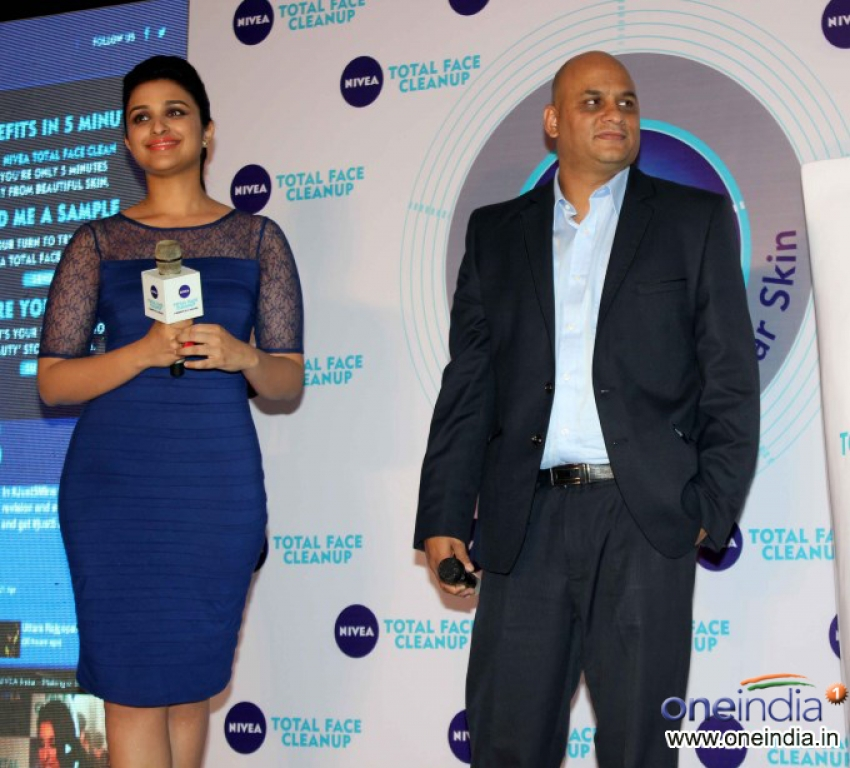 Parineeti Chopra Launch Nivea Total Face Clean Up cream Photos