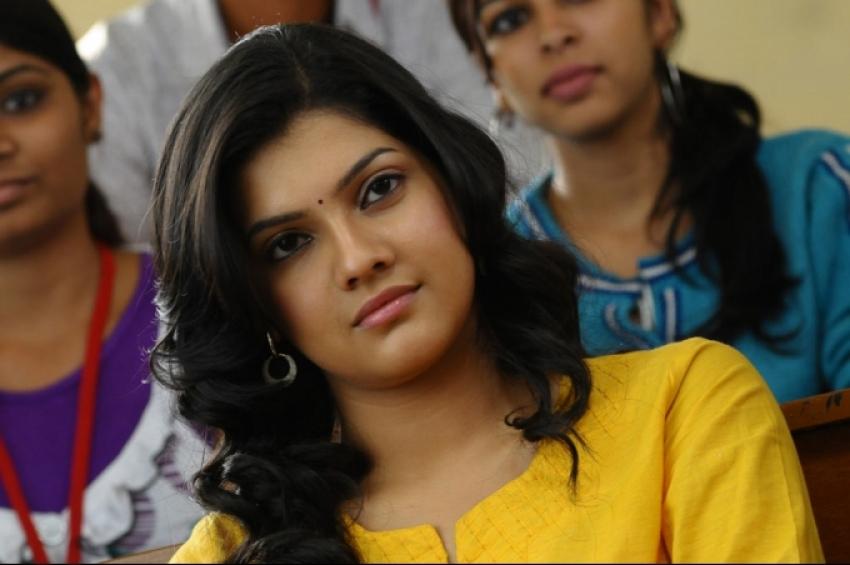 Udhayam NH4 Photos