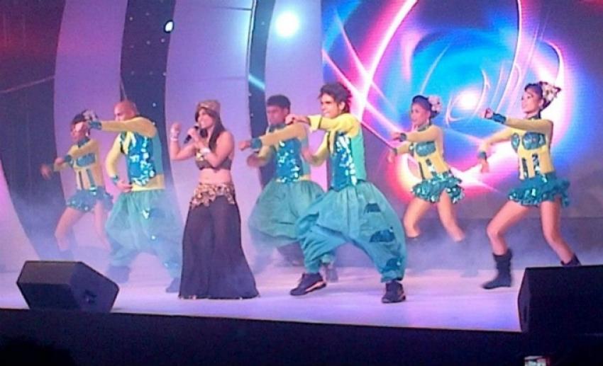 Aiysha Saagar Performing in Rajastan ROCKS Photos