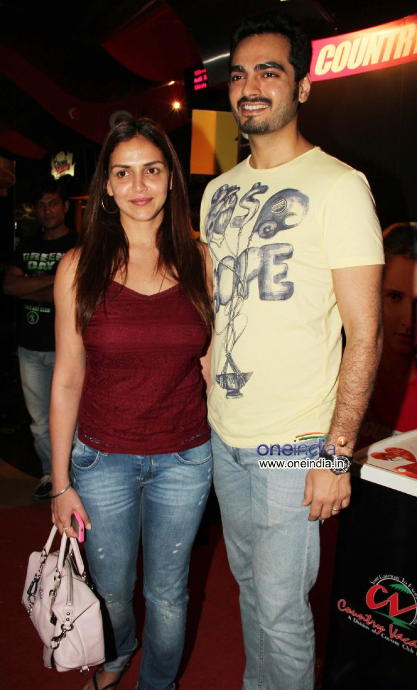 Esha Deol With Her Husband Bharat Takhtani Snapped at PVR Photos