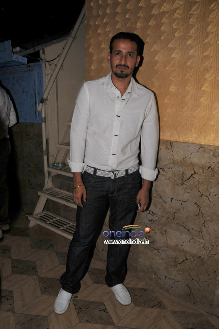 Grand Re-Launch of Showman Group Mohammad Fasih's Sheesha Sky Lounge Photos