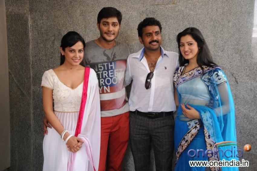 Manathil Mayam Seithai Movie Launch Photos
