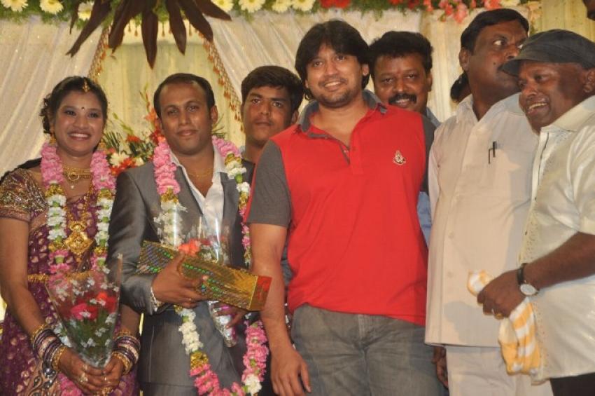 Senthil Son Manikanda Prabhu Wedding Reception Photos