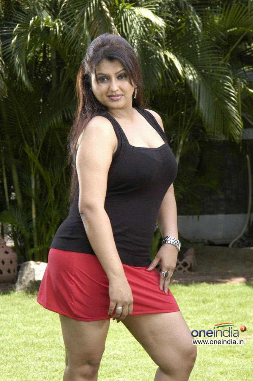 Tamil actress hot Sona