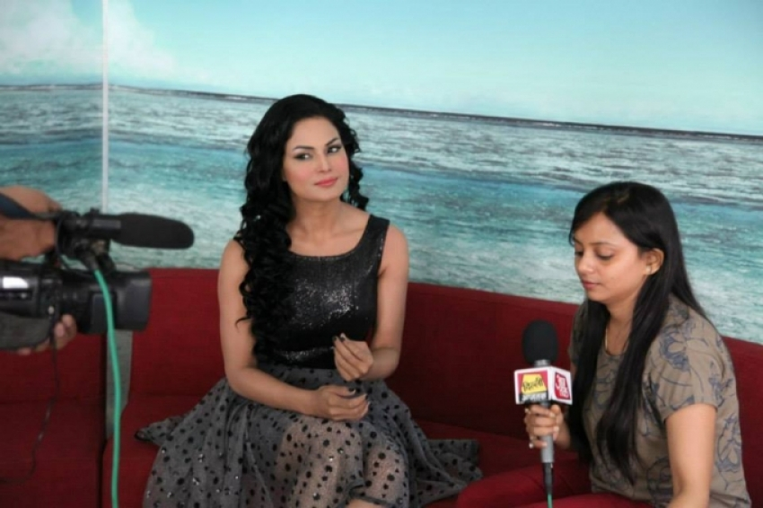 Zindagi 50 50 Film Promotion Photos