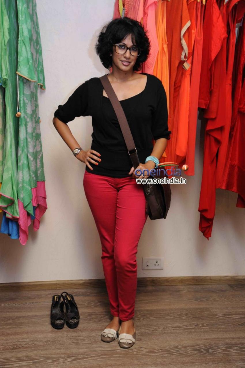 Designer Sonya Vajifdar Showcase at Atosa Photos