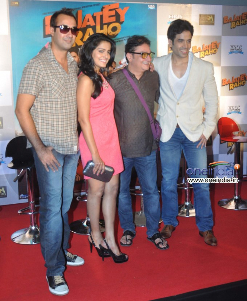 First Look Launch of Bajatey Raho Photos