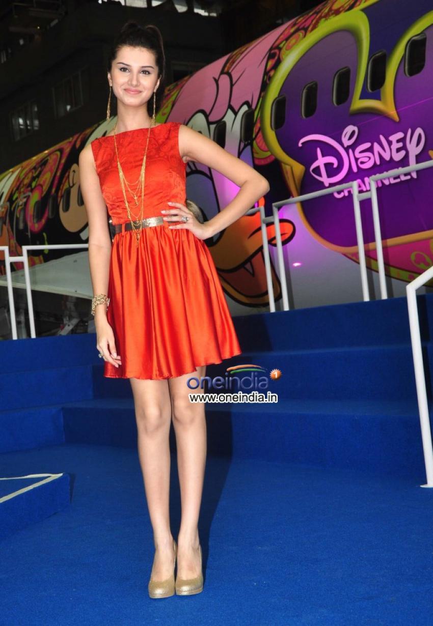 Disney Channel takes winners to Hong Kong Disneyland Photos