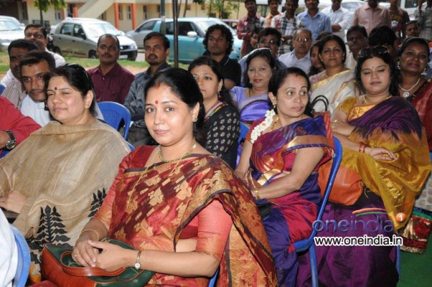 T. N. Seetharam's News Serial Maha Parva Press Meet Photos