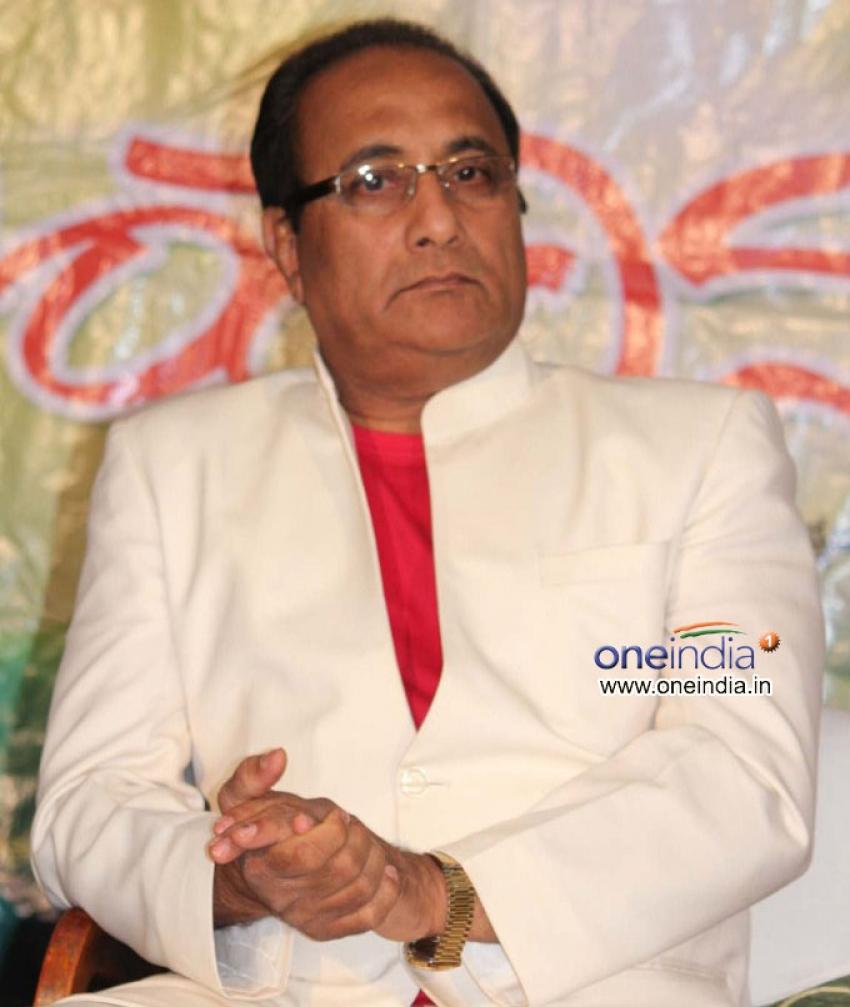 Mahanadhi Press Meet Photos