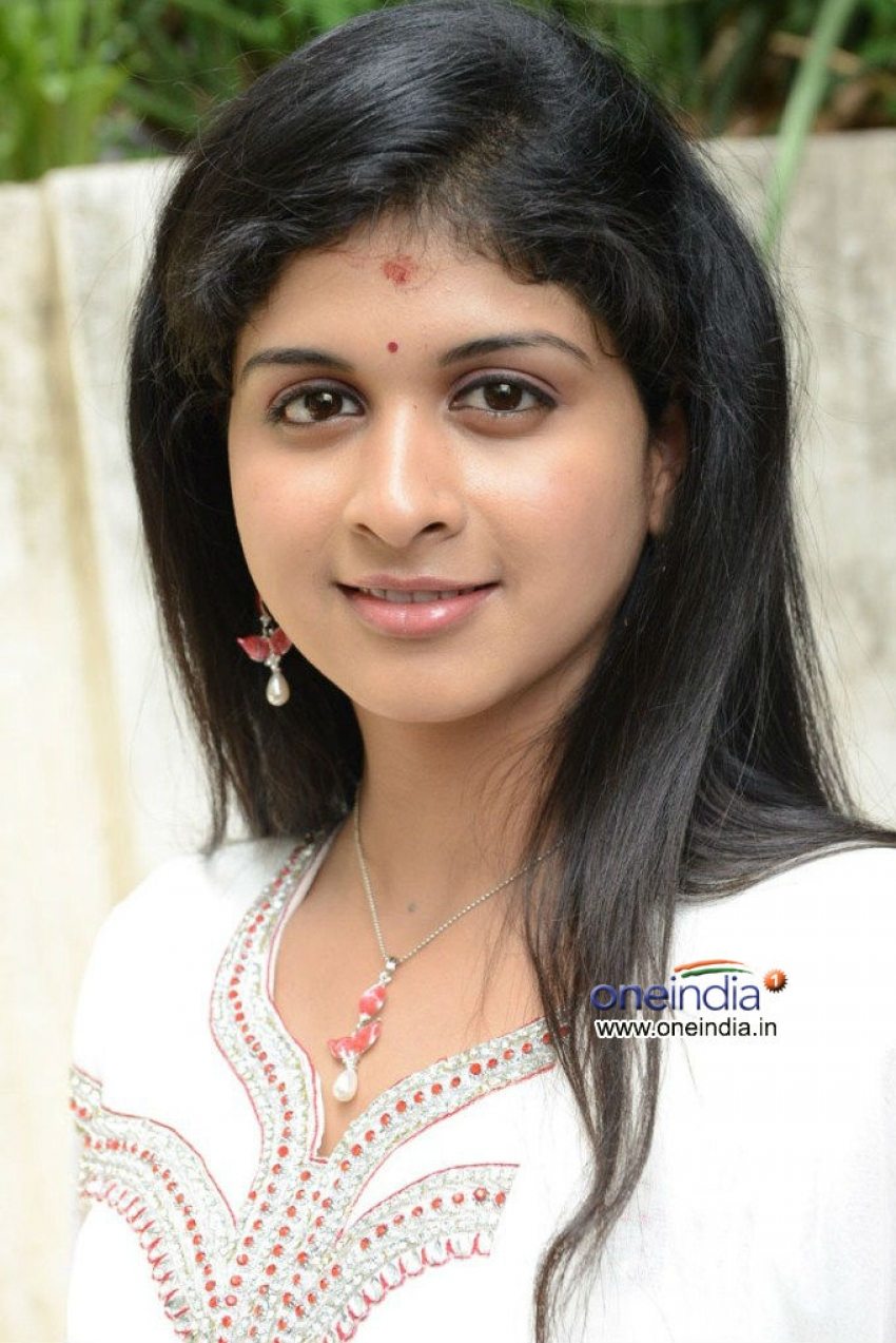 Mrudhula Basker Photos
