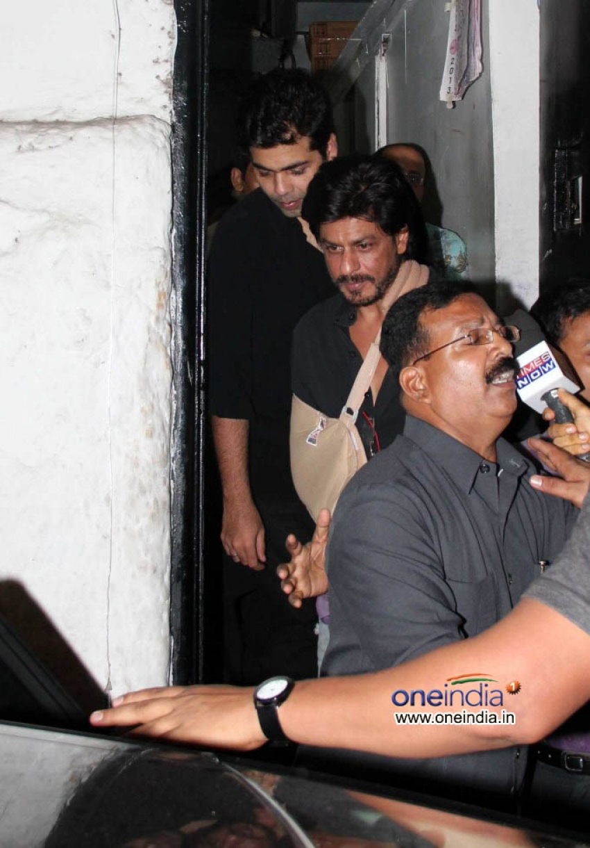 Shahrukh Khan, Karan Johar, Malika Arora Khan Snapped at Olive Photos