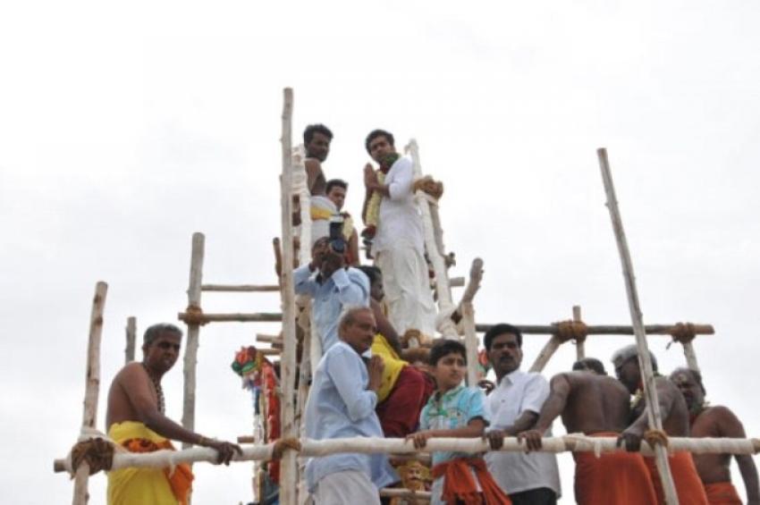 Sivakumar Family at Kumbabishekam Temple Photos