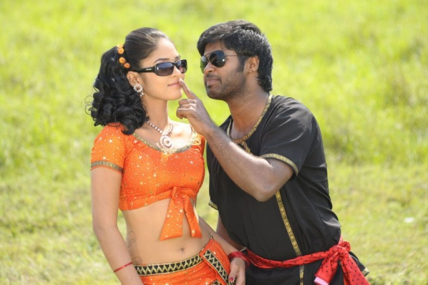 Adhu Vera Idhu Vera Photos