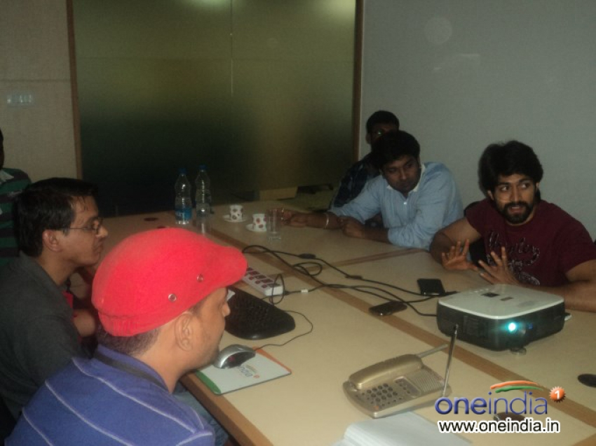 Actor Yash's film Googly promotion at Oneindia Photos