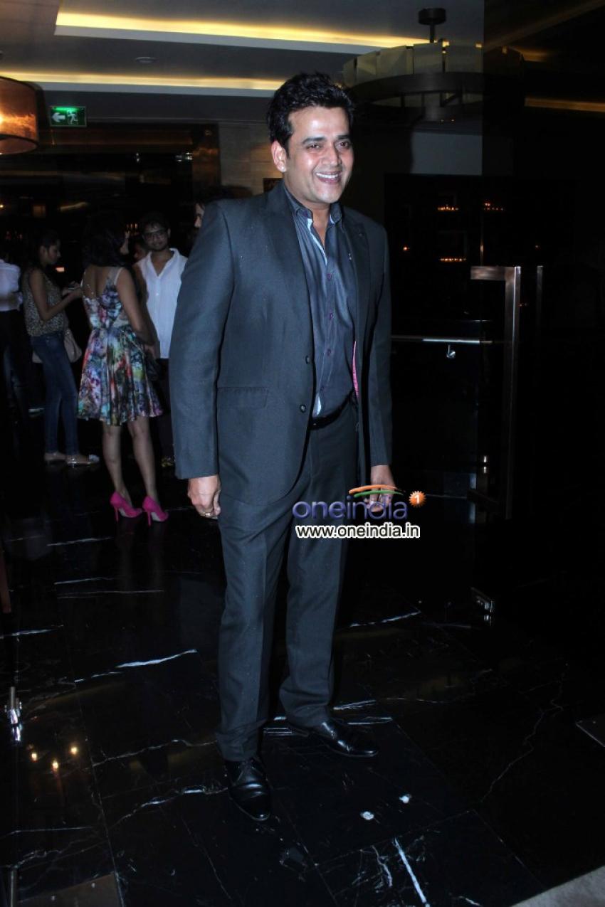 Ravi Kishan Photos