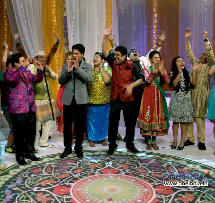 Chennai Express film promotion on Taarak Mehta Ka Ooltah Chashmah sets Photos