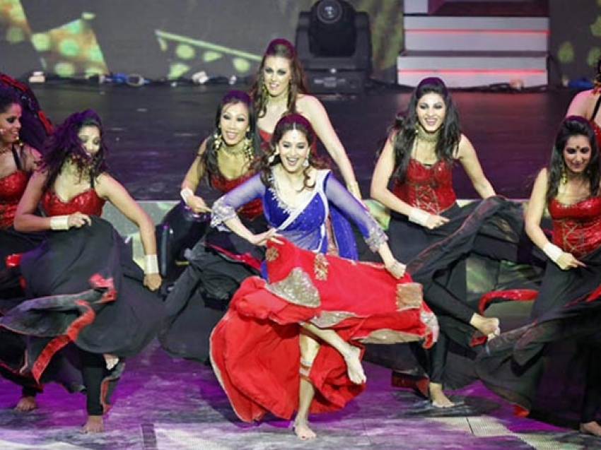 Dance Performance at IIFA Awards 2013 Photos