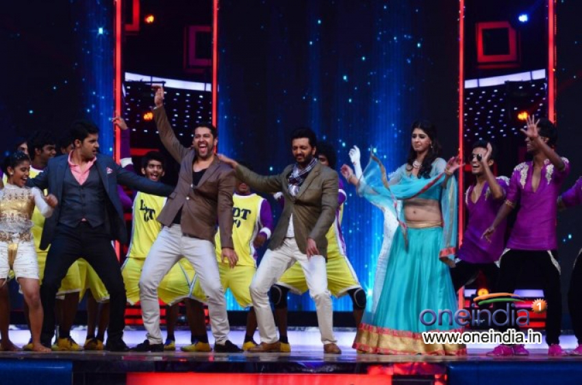 India's Dancing Superstar Photos