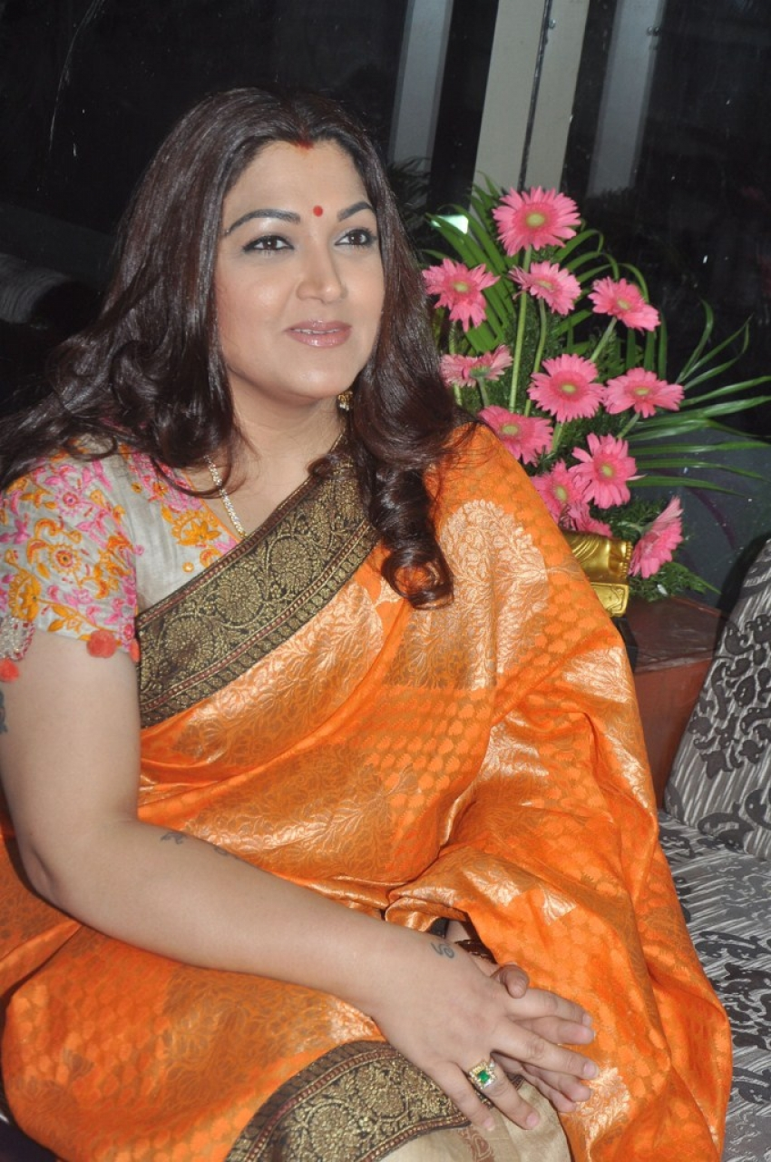 Kushboo Photos