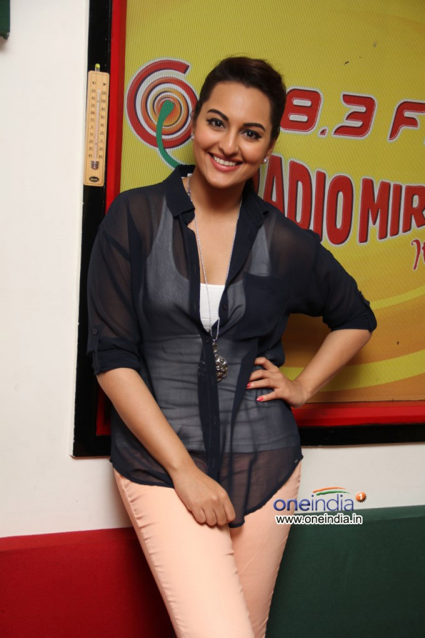 Lootera Film Promotion Photos