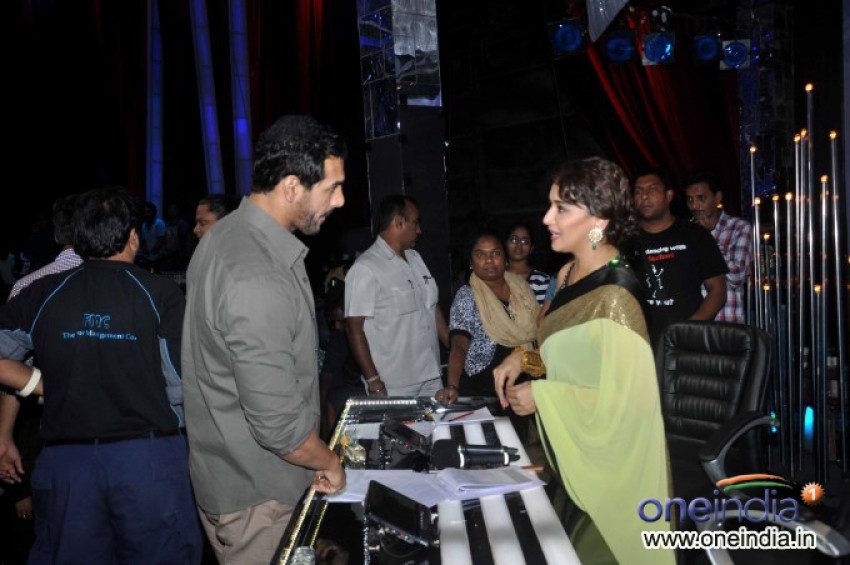Madras Cafe film promotion on Jhalak Dikhhla Jaa 6 sets Photos