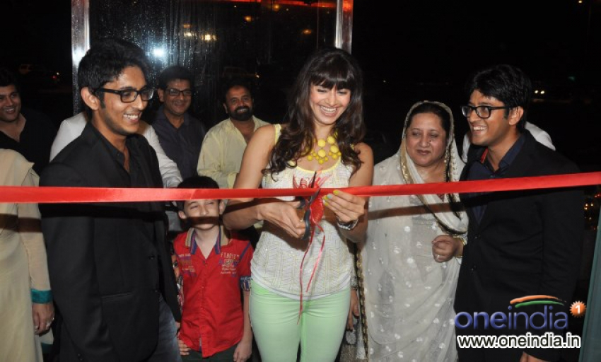 Pooja Batra launch Yoko Sizzlers restaurant Photos