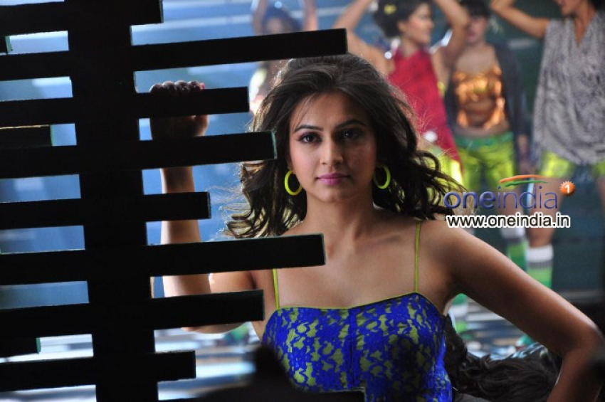 Googly Photos: HD Images, Pictures, Stills, First Look