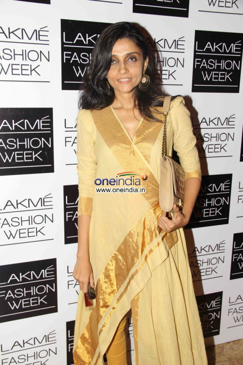 Celebrity Guest at Lakme Fashion Week 2013 Photos