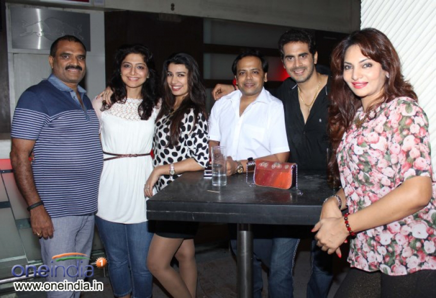 Deepshikha Daughter Vidhika Birthday Celebration Photos