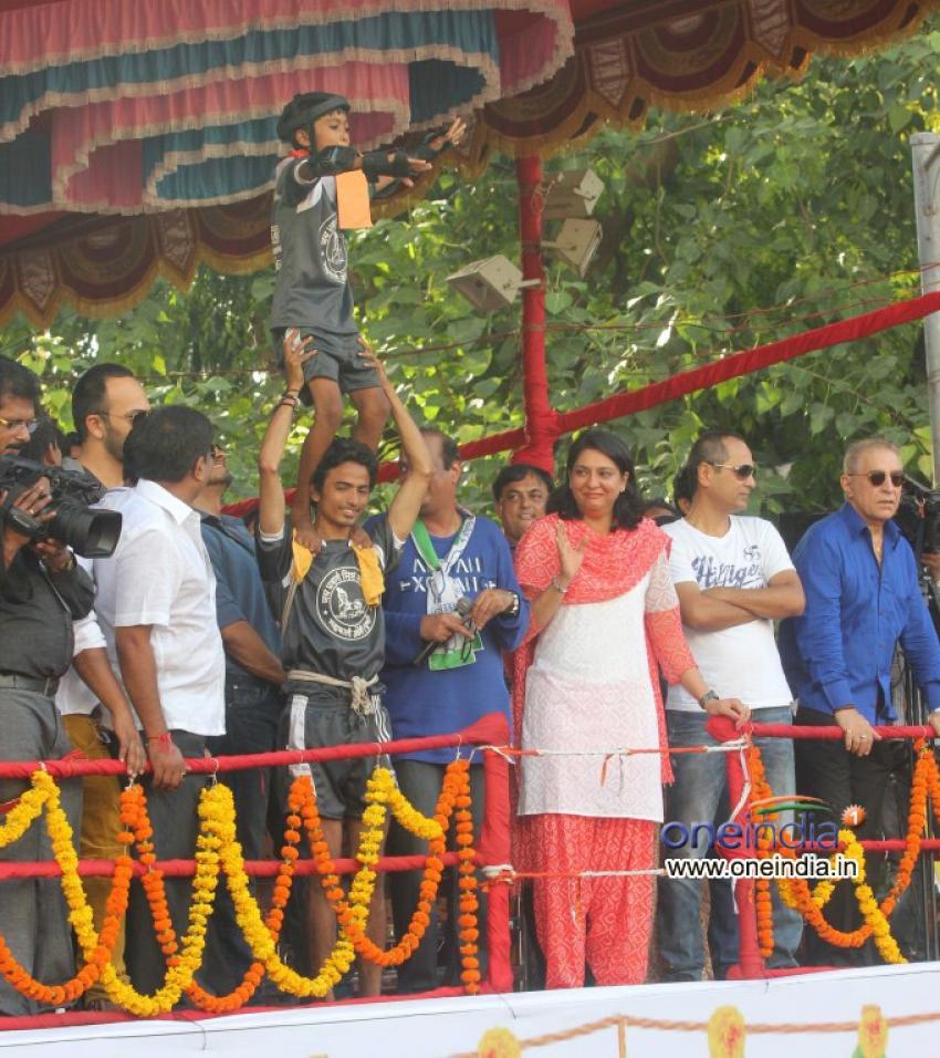 Dahi Handi Celebration of Krishna Hegde at Vile Parle Photos