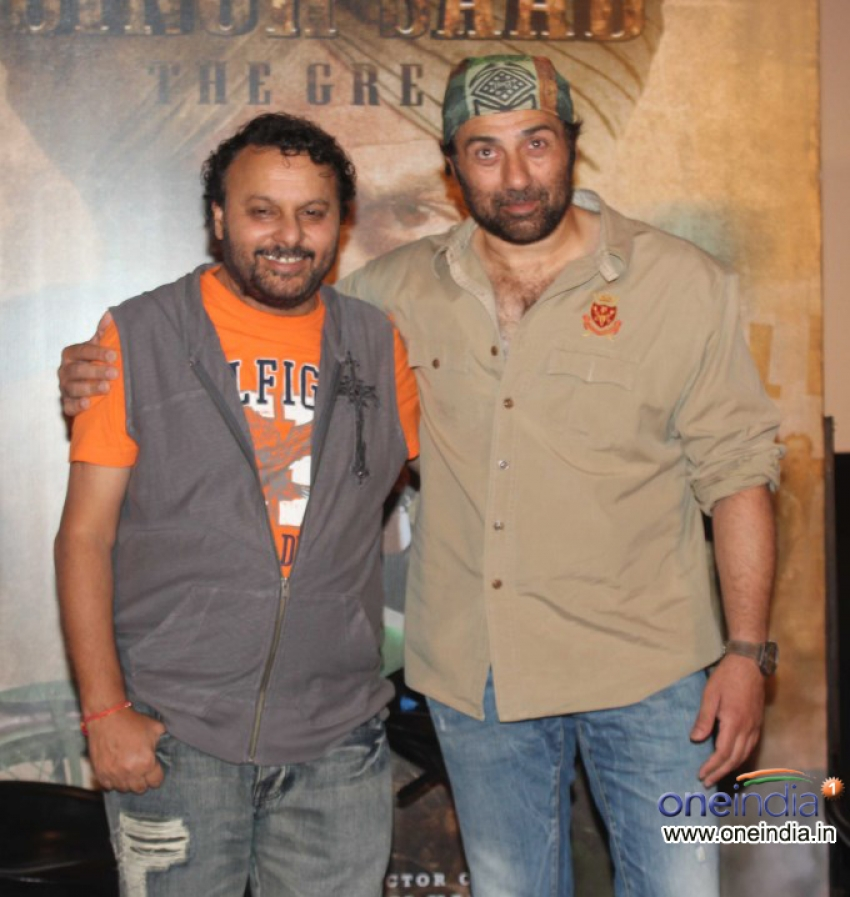 First Look Launch Of Singh Saab The Great Photos