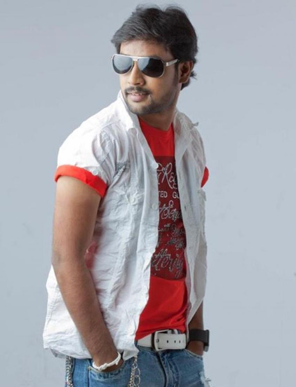 Mahesh (New Kannada Actor) Photos