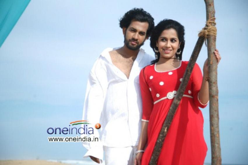 Otta Oruthiyum Sariyalla Photos