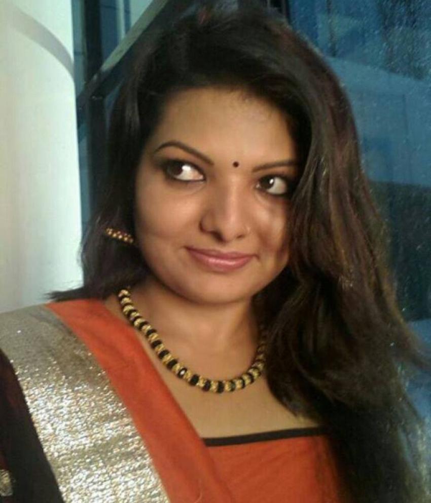 Sandra Thomas Photos [HD] Latest Images Pictures Stills Of Sandra Gorgeous Sandra Malayalam Quotes