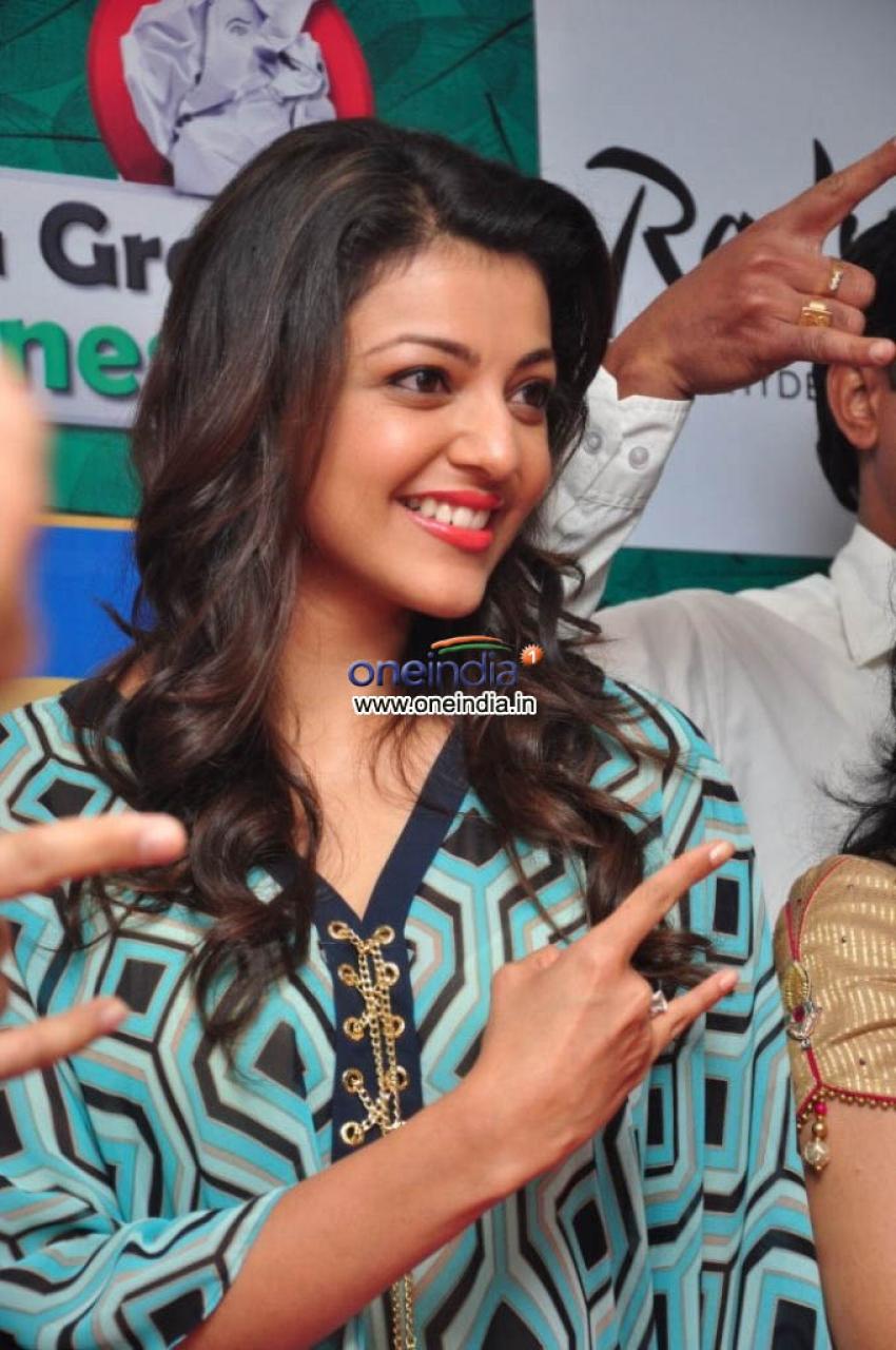 Actress Kajal Aggarwal proudly launches BIG GREEN GANESHA 2013 Photos