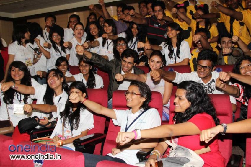 Aditi Rao Hydari and Shiv Pandit celebrates Teachers Day 2013 Photos