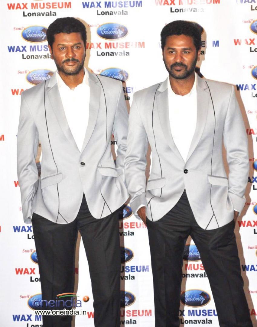 Prabhu Deva unveils his wax statue Photos